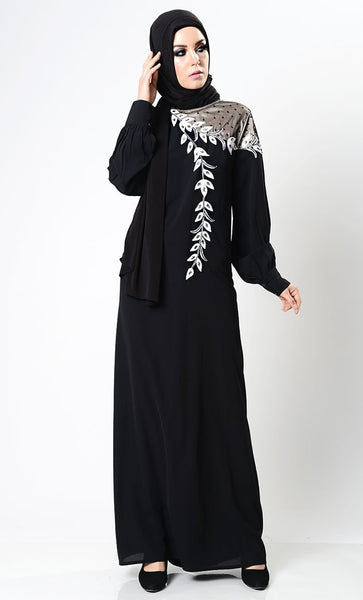 Beautiful Detailed Embroidered Abaya - EastEssence.com