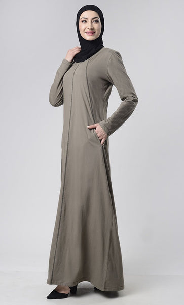 Black Detail Abaya With Pockets - EastEssence.com