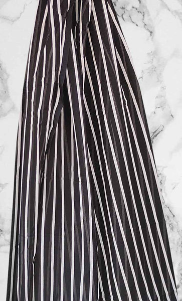 Black & White Striped Print Hijab - EastEssence.com