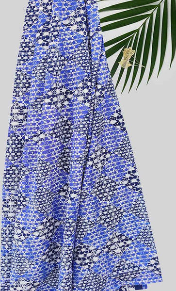 Blue square with brush Print Hijab - EastEssence.com