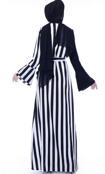 Classic Striped Abaya - Black - *Size Up* - EastEssence.com