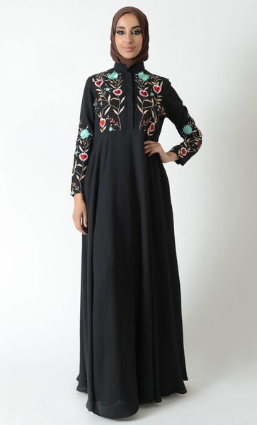 Floral and heart embroidered traditional abaya dress - EastEssence.com