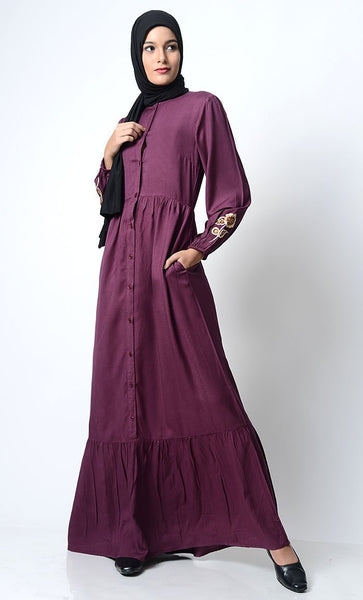 Floral Motif Embroidered Abaya - EastEssence.com