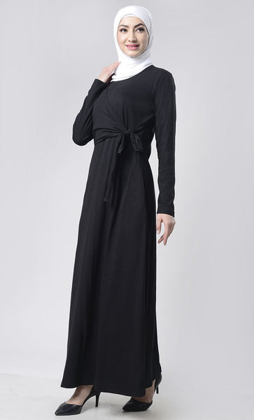 Front with Flap Abaya With Pockets - EastEssence.com