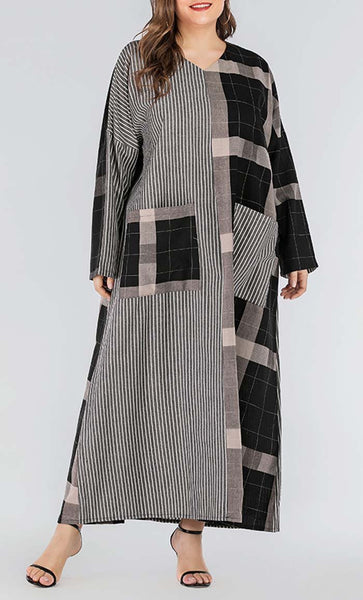 Mackenzie With Pin Strip Printed Abaya - Black - *Size Up* - EastEssence.com