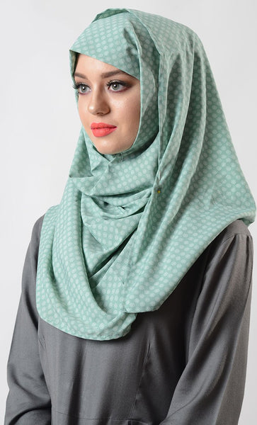 Mint Print Hijab_As Pictured_Front_View