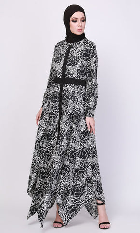 The bold flower print abaya