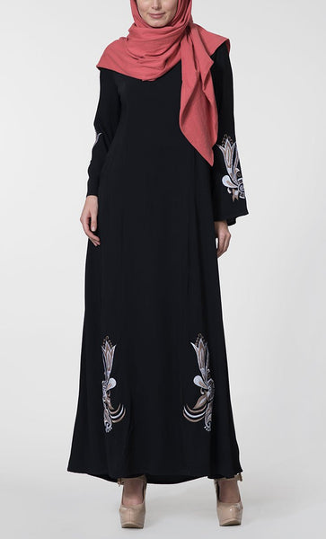 Moss Crepe Embroidered Lily Abaya_Black_Front_View