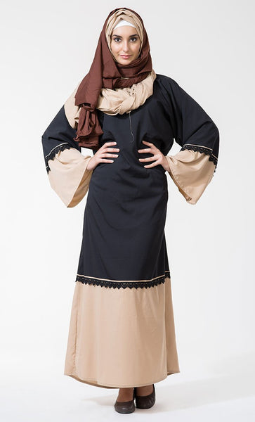 Lace Trim Two-Tone Bell Abaya_As Pictured_Front_View