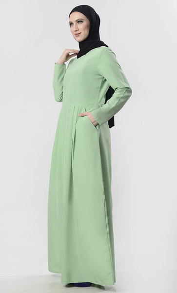 Modest Pleated Abaya With Pockets - EastEssence.com