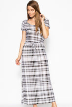 Load image into Gallery viewer, Short Sleeved Maxi Dress