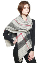 Load image into Gallery viewer, Plaid Pattern Pleated Scarf