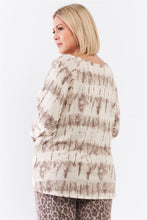 Load image into Gallery viewer, Plus Ivory Acid Wash Print Bateau Neck Relaxed Fit Long Sleeve Top