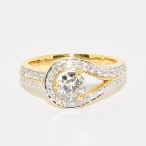 18ct Designer Lasso style ring .83ct