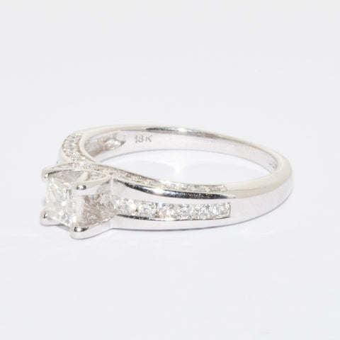 18ct Princess Cut Diamond Solitaire