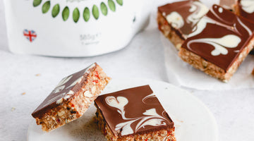 Red Berries and Pumpkin Seeds Bars (GF, V)
