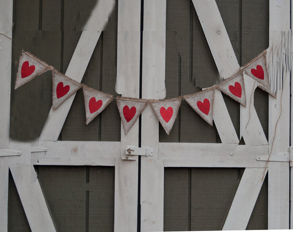 Valentine's Decor, Red Hearts Rustic White Banner