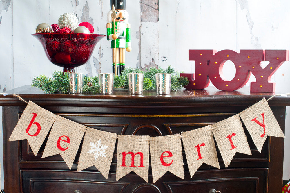 Be Merry Banner, Christmas Decoration, Christmas Burlap Banner, Rustic Christmas Banner, Holiday Banner,  B379
