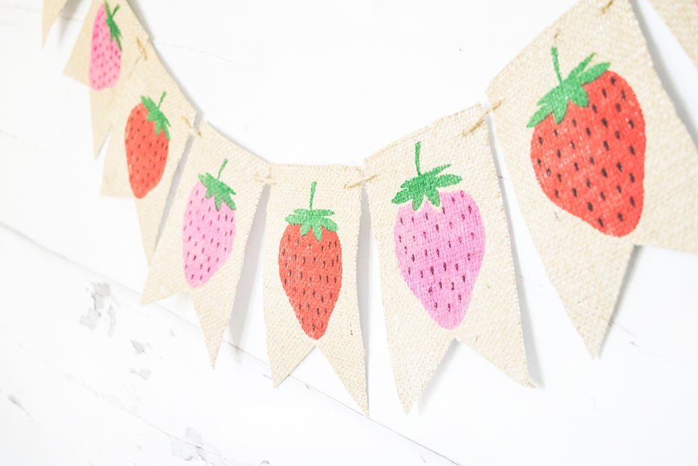 Strawberry Party Decoration, Strawberry Decor, Strawberry Party Banner, Berry Party, Summer Fruit Party Decor, B738
