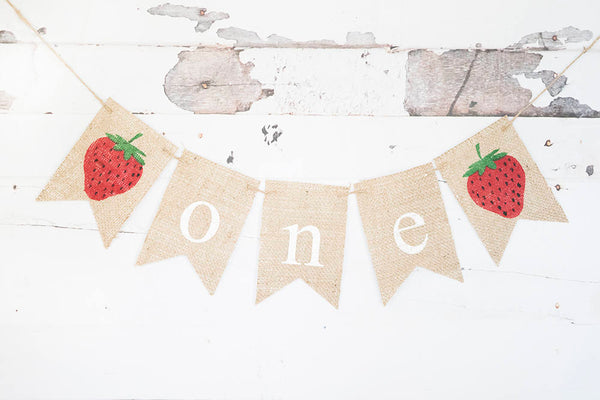 Strawberry 1st Birthday Party Decor, Summer Birthday Decoration, Strawberry Birthday Party Decor, Strawbery Highchair Banner, B745