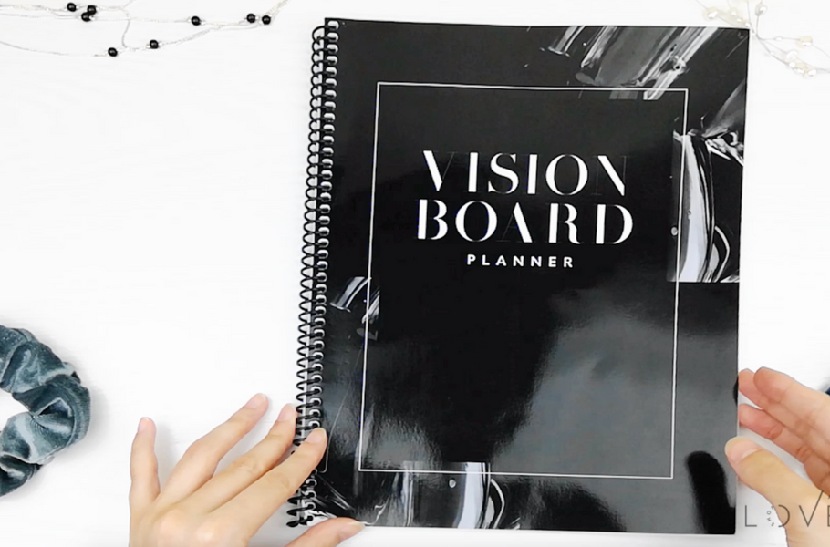 How to Use the Vision Board Planner to Smash Your Goals