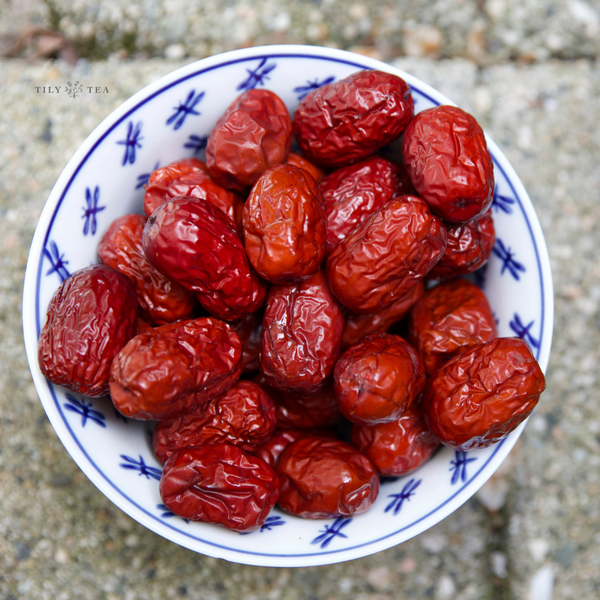Getting to Know: Red Dates
