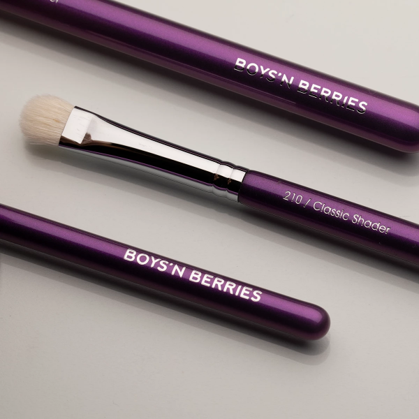 Classic Shader Eye Brush, Brush, Boys'n Berries