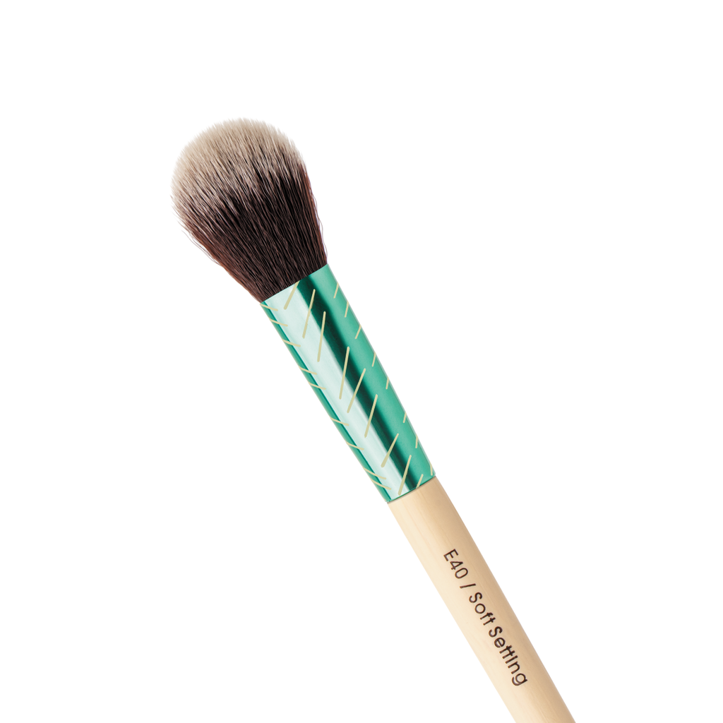 Soft Setting Brush Evergreen Collection
