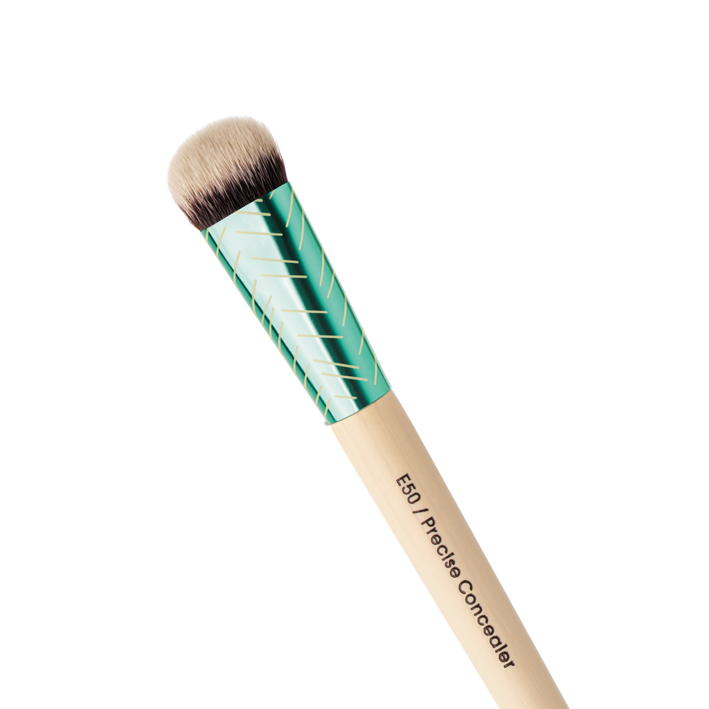 Precise Concealer Brush Evergreen Collection