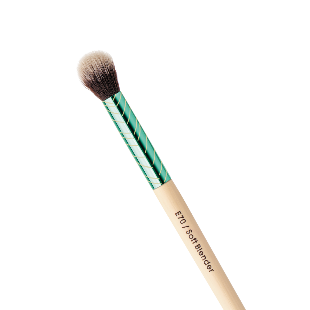 Soft Blender Brush Evergreen Collection