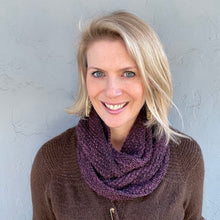 Load image into Gallery viewer, Pashmina Cowls Knitting Kit | madelinetosh Pashmina & Knitting Pattern (#221)