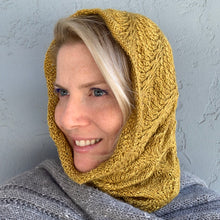 Load image into Gallery viewer, Diagonal Feather & Fan Cowl Knitting Kit | Hand Maiden Camelspin & Knitting Pattern (#192E)