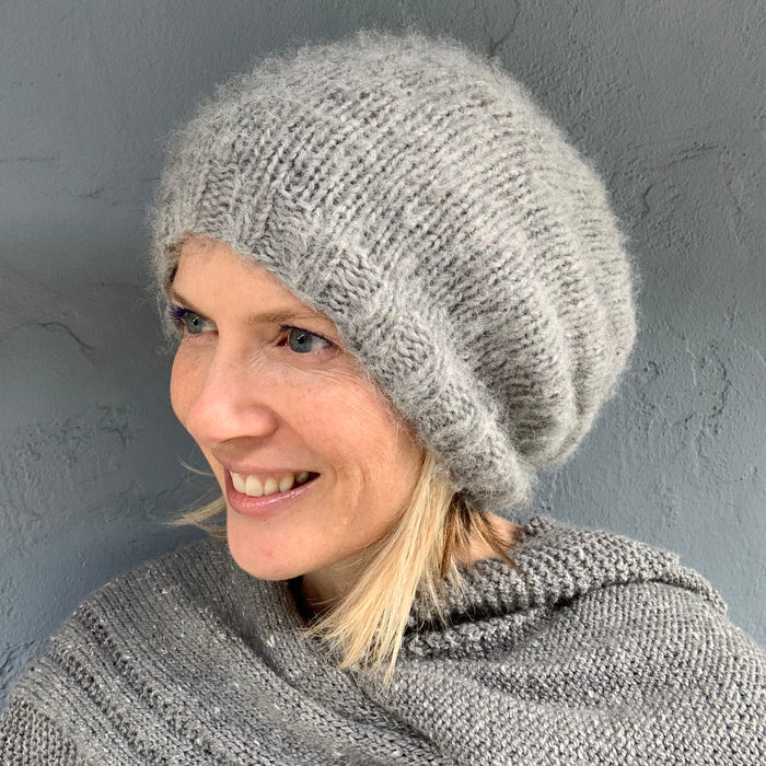 Mia Slouchy Hat Knitting Kit | Lang Yarns Mia & Knitting Pattern (#217)