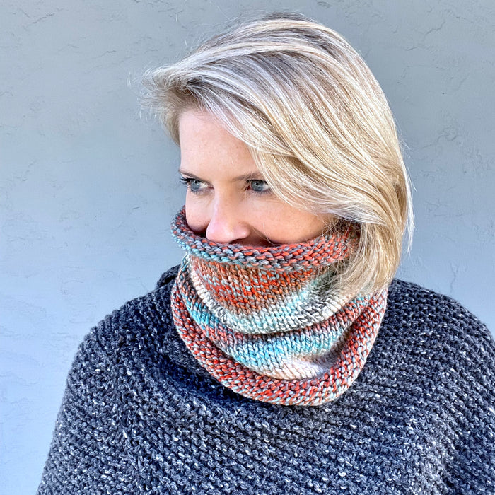 Bulky Stockinette Cowl Knitting Kit | Entropy Bulky & Knitting Pattern (#375)