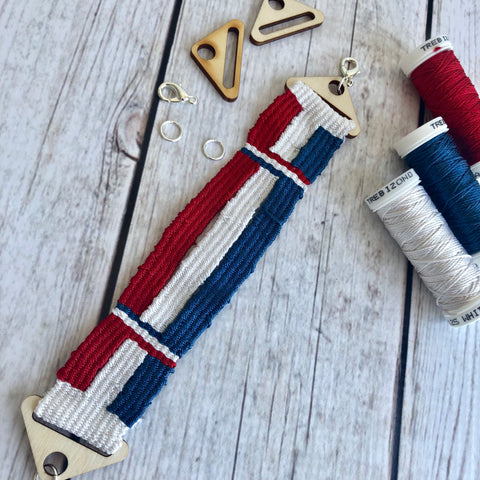 Woven bracelet with Trebizond Silk threads in red, white and soldier blue
