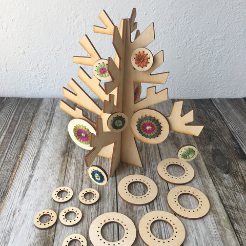 Wood Display Tree with Round Weavers