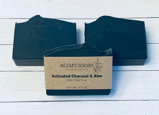 Activated Charcoal & Aloe 1