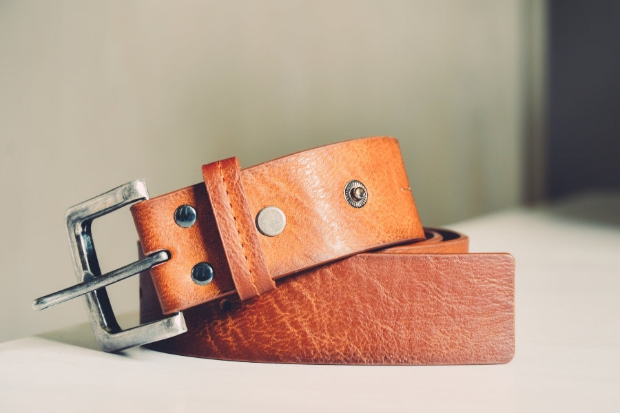 How to shrink leather belt