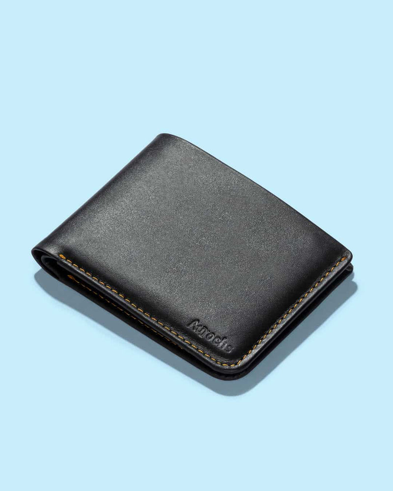 Light slim bifold wallet