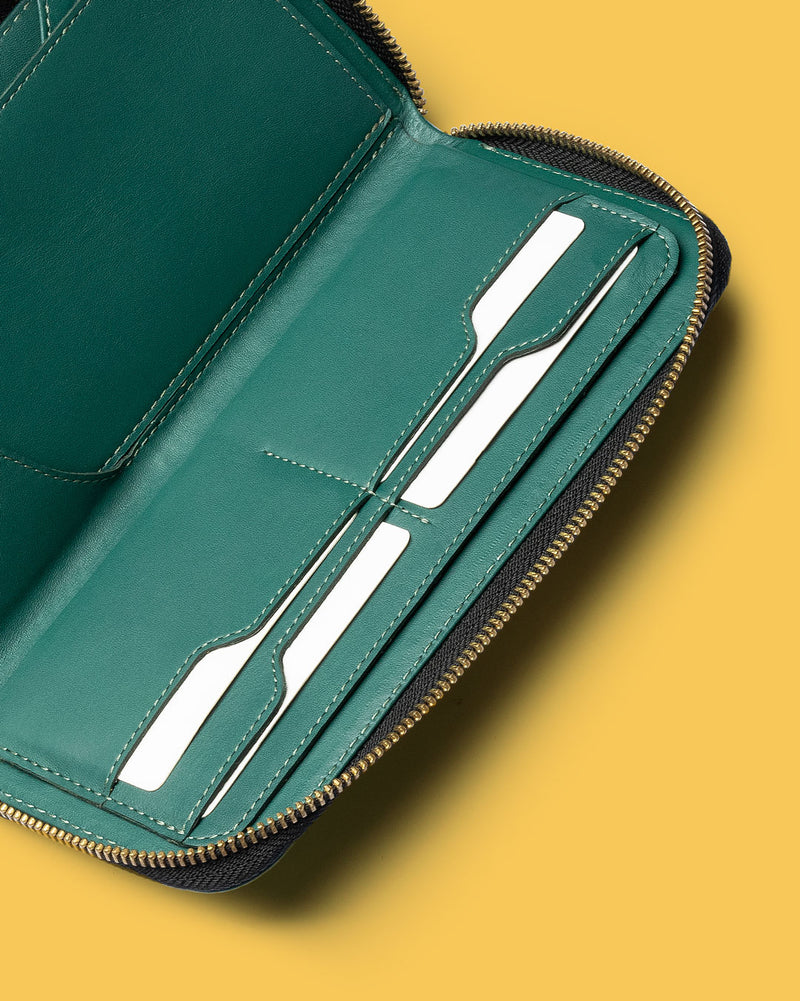 Zipper - Carryall Zip Wallet