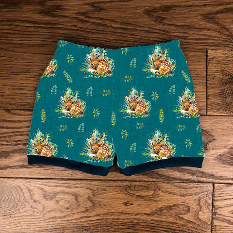 The little fawn cuffed shorts