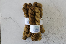 Load image into Gallery viewer, Pentacles Tarot Gradient - 4ply BFL Mini skeins