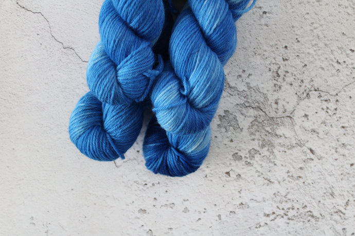 Blue Kyanite - DK South American Merino crystal-yarn.myshopify.com