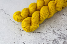 Load image into Gallery viewer, Yellow Jasper - Aran BFl