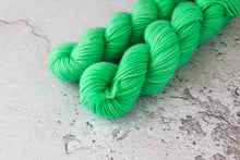 Load image into Gallery viewer, Mint Green - Aran BFl