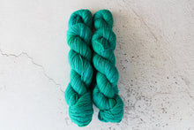 Load image into Gallery viewer, Chrysocolla - DK BFL