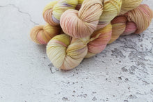 Load image into Gallery viewer, Aphrodite - 4ply Corriedale