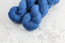 Load image into Gallery viewer, Navy - 4ply Corriedale