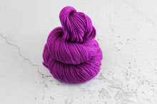Load image into Gallery viewer, Grape Soda - 4ply Corriedale