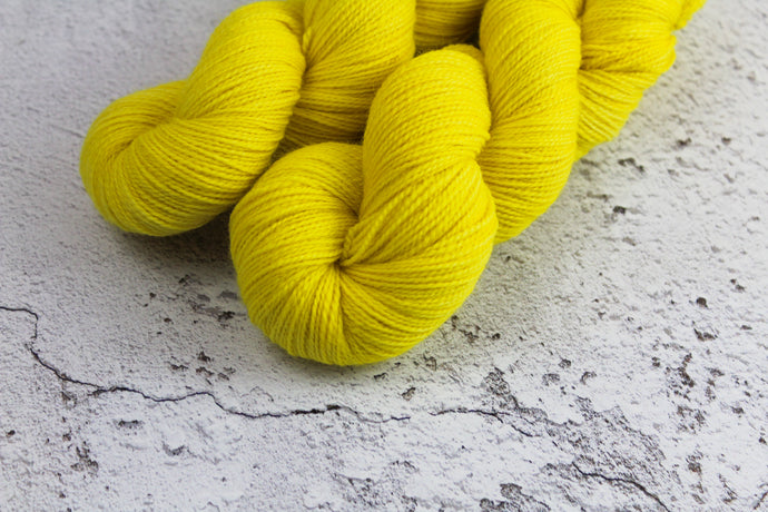 Banana - 4ply Corriedale